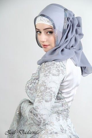 Макка сагаипова в свадебном платье: http://happyfreshbar.ru/a/makka-sagaipova-v-svadebnom-plate