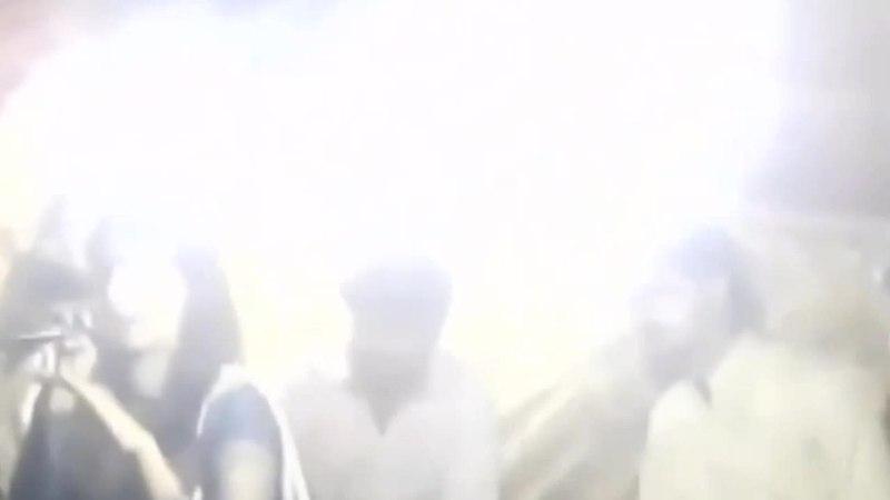 Беременную певицу застрелили прямо на сцене за отказ выступать стоя Видео L fe