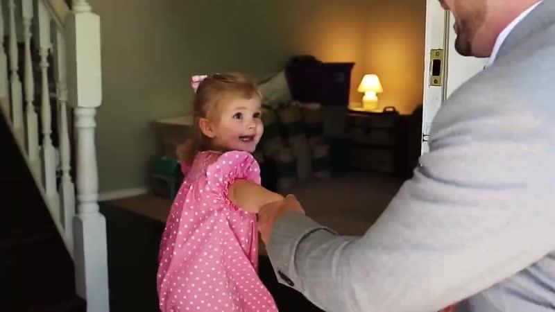 Папа пригласил дочку на первое свидание