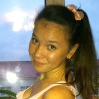 Оля Романенко