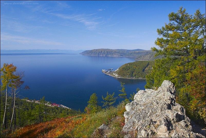 пос. Листвянка и порт Байкал (вид с камня Черского)