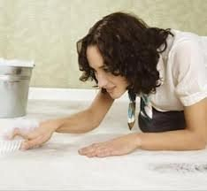 Альтернативные способы чистки ковров  1. Пищевая сода.  Разбрызгать раствор соды...
