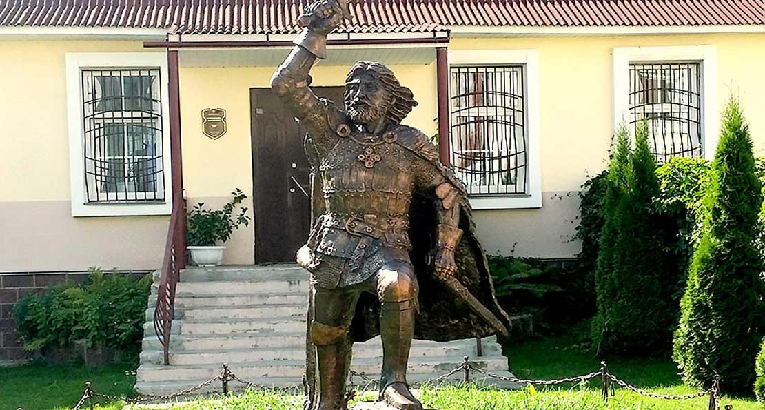 Памятник в Полоцке