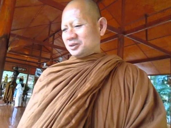 Диалоги о буддизме с тайским русскоговорящим монахом