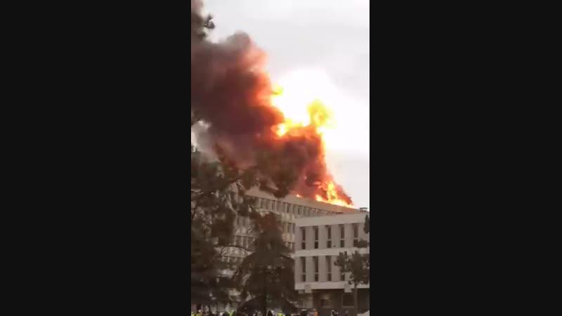 Important incendie sur la campus