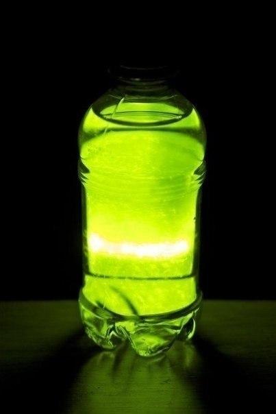 Как сделать светящуюся жидкость?, видео и фото приколы смотреть