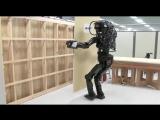 Японцы создали робота-строителя