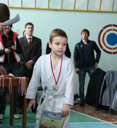 Олег Іщенко, 23 декабря , Черкассы, id177990637