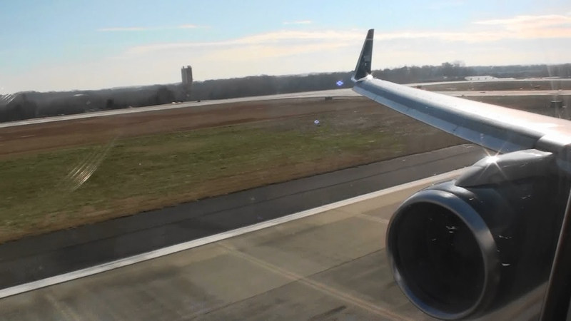 Excellent Reverse Thrust Great First Class HD 757 Morning Landing in Charlotte