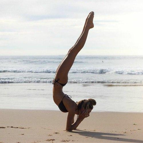 Йога в гиф-картинках (8 фото)