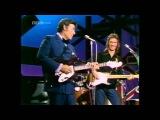 Достаем из закромов отличное видео!  Джонни Кэш, Эрик Клэптон и Карл Перкинс играют песню