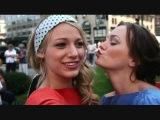 Serena & Blair photo shoot/ Red & Blue Dresses / 1x4 Bad News Blair