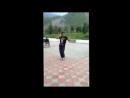 Парень танцует танец живота бомба)).mp4