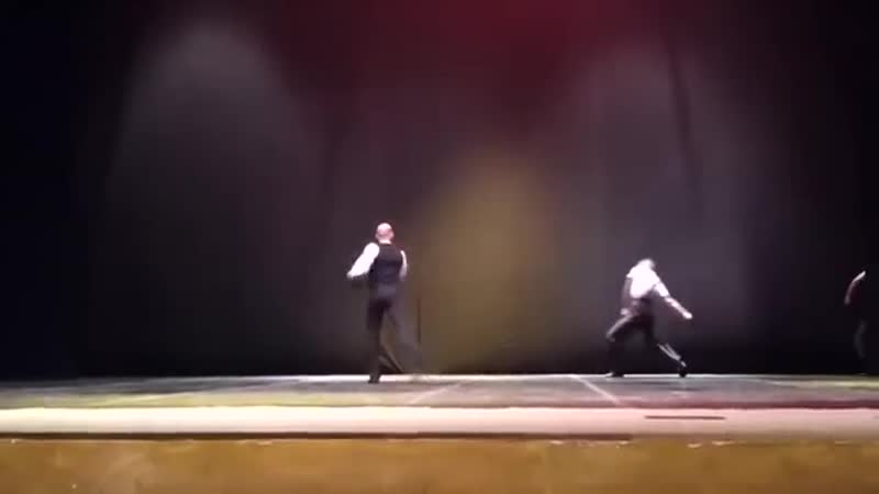 балет Ленин и бревно