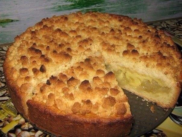 Царский яблочный пирог тесто: слив.масло 85 гр. яйцо 1 шт. сметана 1 ст.л. мука 1.5 стак. сахар 1/4 стак. разрыхлитель 3 ч.л. соль щепотка начинка: яблоки 700 гр. слив. масло 1 ст.л. с горкой