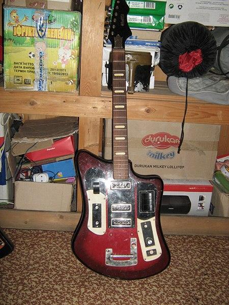 Гитара попала ко мне без