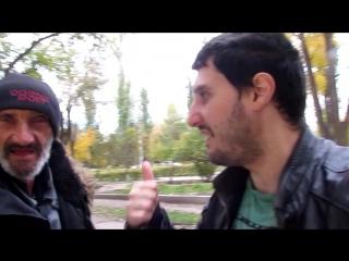 Эльдар Богунов покормил мужчину и собирался его побрить!