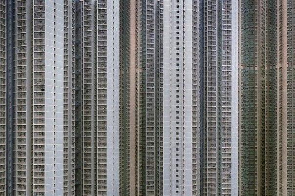 Многоэтажные дома Гонконга.