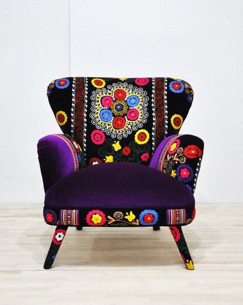 Элегантность, стиль и неповторимая вышивка объединились в этих невероятно красивых креслах