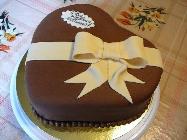 Украшаем торт мастикой для парня