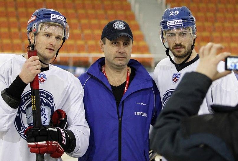 Матерухин и Кристек(справа) вместе с Джефом Платтом составили третью тройку Динамо