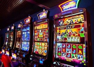 Работа в игровои клубе, казино, вакансии va bank казино бездепозитный бонус
