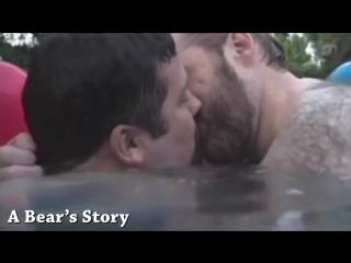 Memorable Gay Kiss Movie Moments (Bears)