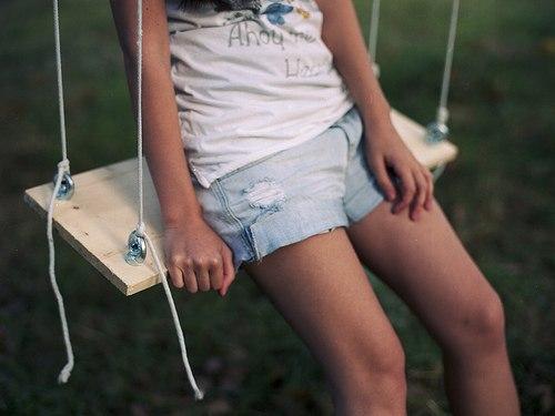 Девки на коленках фото