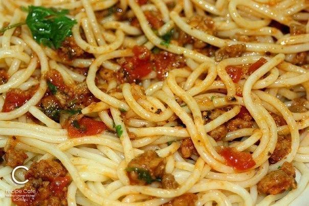 Спагетти А-ля Болоньезе (5 фото)