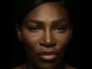 Серена Уильямс поет топлес в знак поддержки женщин с раком груди