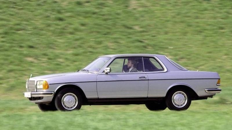 Mercedes Benz coupé C 123