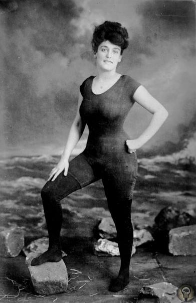 Аннетт Келлерманн: первая обнаженная актриса Голливуда и пловчиха хоть куда. Аннетт Келлерманн была феноменальной женщиной: она первой снялась полностью обнаженной для Голливуда и первой в