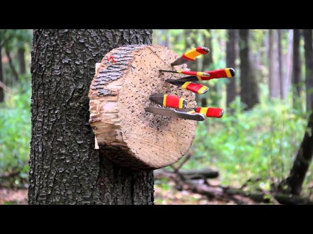 Безоборотное метание ножей. ролик-3 .Ученик Юрия Федина - Вязовец Борис .