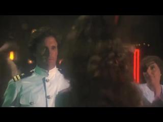Аэроплан! _ Airplane! (1980) Танец Bee Gees - Stayin Alive