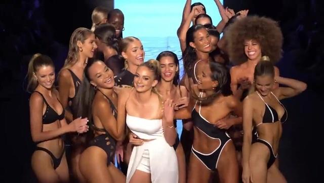 Gigi C Bikinis Fashion Show SS2019 Miami Swim Week 2018 Paraiso Fashion Fair · coub, коуб