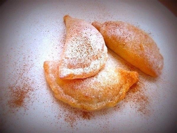 Творожные пирожки с яблоком и корицей Ингредиенты: Творог —