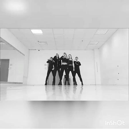"N.core on Instagram ""REDVELVET - PEEKABOO  April2018 *Музыка летит в пень, ага, спасибо инст  korea kpop cover coverdancecrew coverdance d..."
