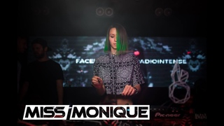 MISS MONIQUE - Live DJ Set @ Fancy Room // Progressive