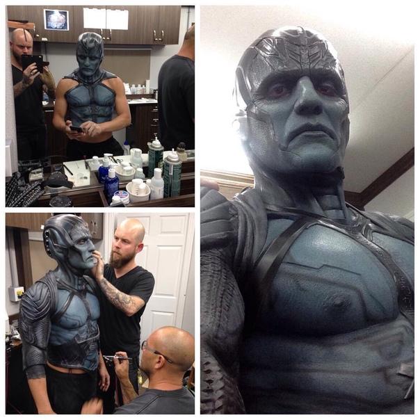 Оскар Айзек пожаловался на съемки в «Людях Икс: Апокалипсис»: «Это было мучением» В 2016 году Оскар Айзек сыграл главного злодея в «Людях Икс: Апокалипсис», и спустя два года по-прежнему то и