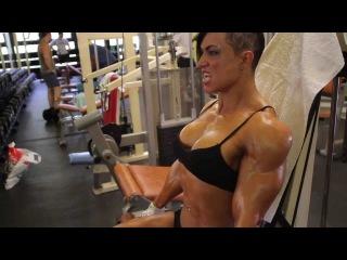 Фитоняшки, фитнес модели, спортивные девушки - Suzy Kellner 2012