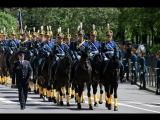 Президентский полк промаршировал по Соборной площади Кремля