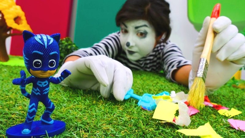 Funny videos. PJ Masks toys clown.