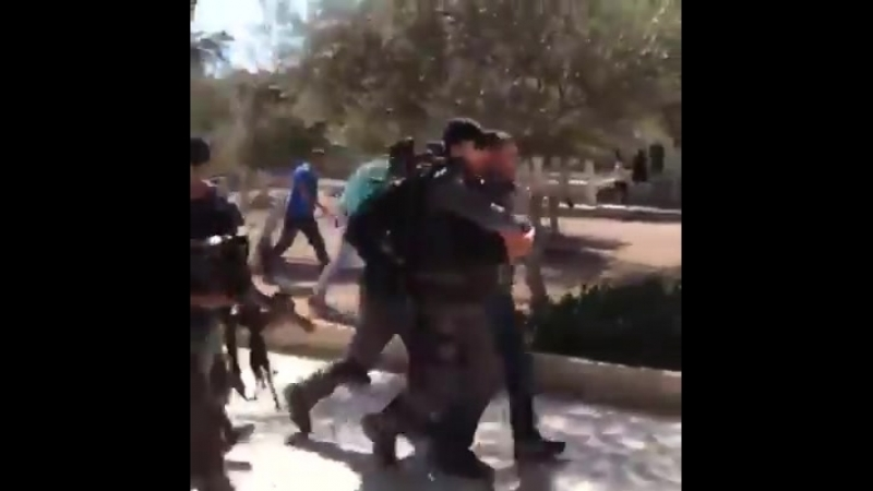 Israel brazenly violatex the universal human rights with its attacks today against Palestinian worshipers at Al-Aqsa Mosque
