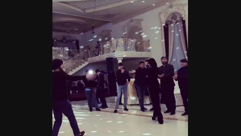 Чеченская лезгинка свадьба