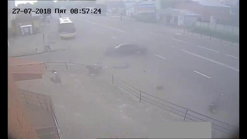 Відео ДТП на вул С Бандери в Тернополі