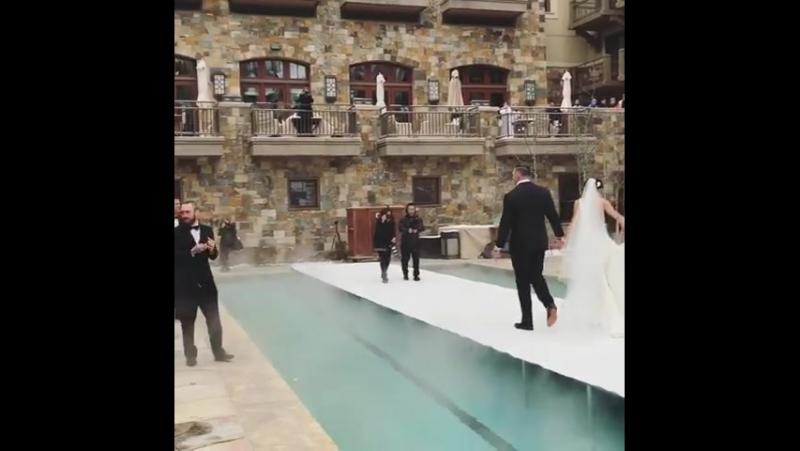 Свадьба Дерека Вульфа (Видео №1)