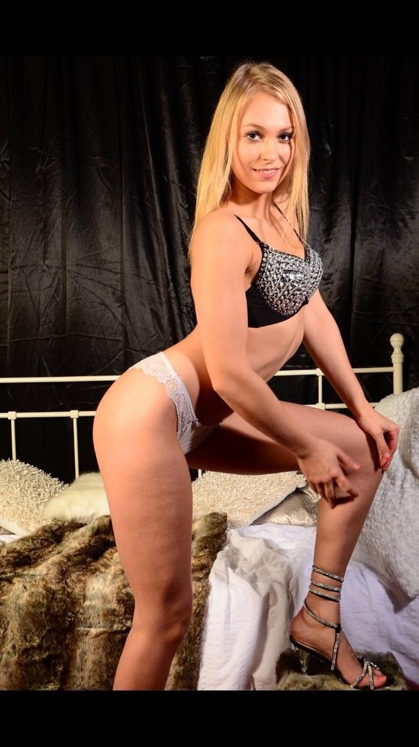 Porn movies Having fun with two dildo