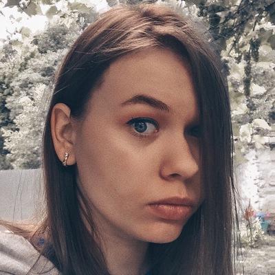 Надежда Попова