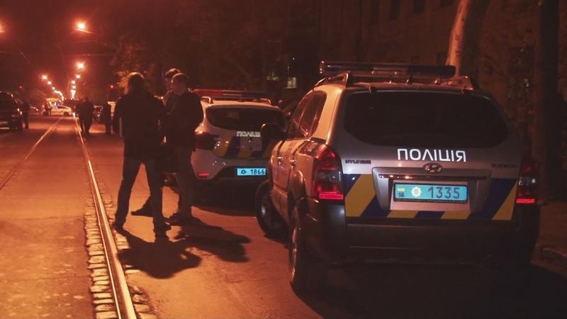 Поліція встановлює обставини розбійного нападу в приватному пункті обміну валют