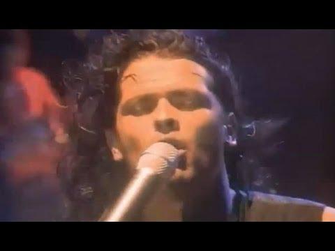 Carlos Vives - La Gota Fría (Oficial) (1993)